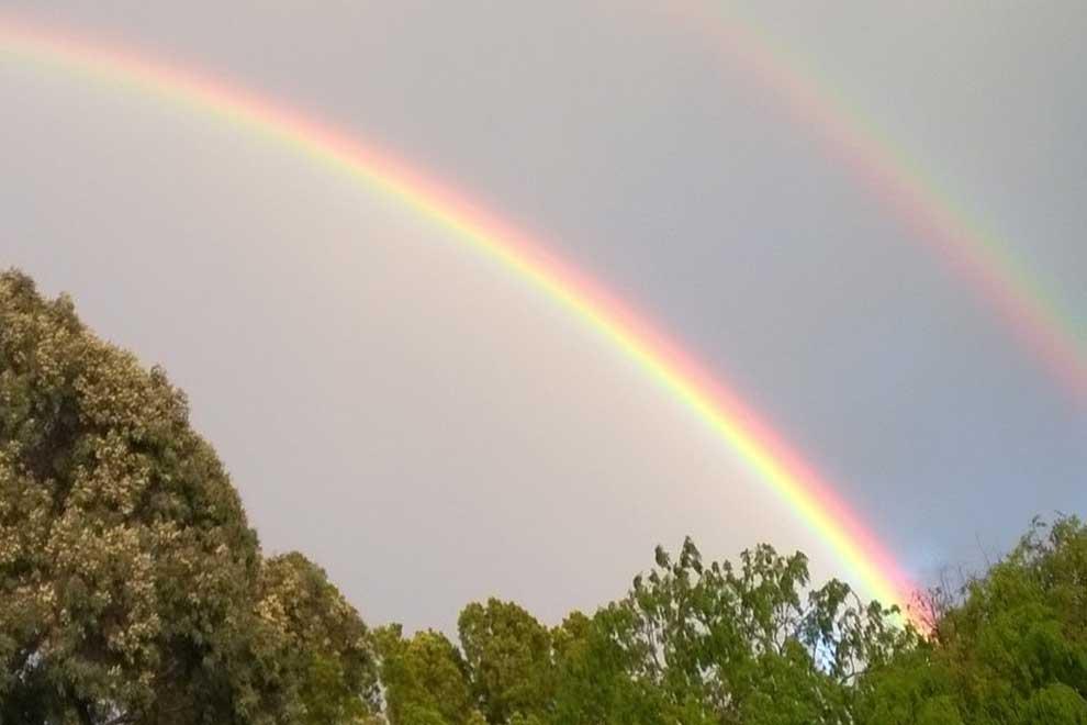 Свет и две дуги радуги 7