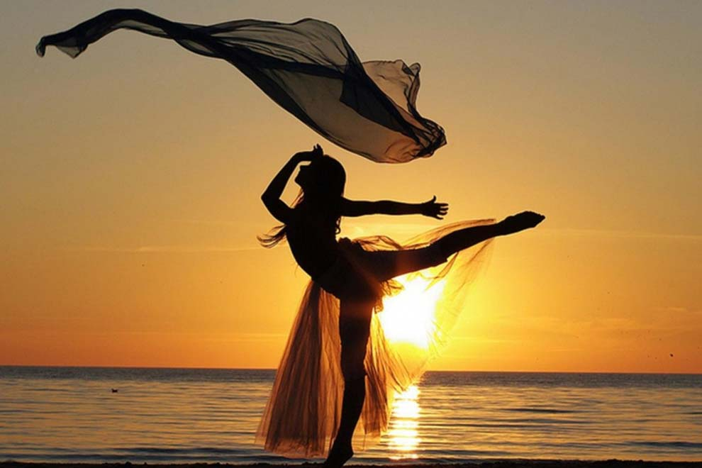 Вечерний закат - я танцую