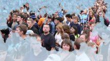 Сколько сейчас в России живёт людей