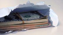 Пример взятки в конверте